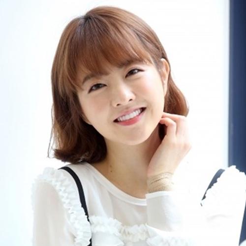 6 kiểu tóc xoăn ngắn được sao Hàn ưa chuộng nhất hiện nay - Ảnh 8