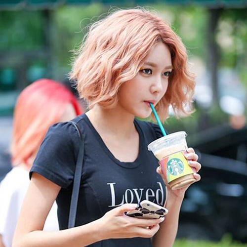 6 kiểu tóc xoăn ngắn được sao Hàn ưa chuộng nhất hiện nay - Ảnh 7