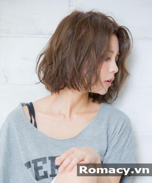 Kiểu tóc bob ngắn xoăn nửa đầu phong cách Hàn Quốc