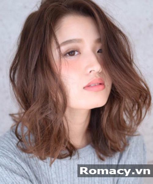 tóc ngắn xoăn sóng nhẹ