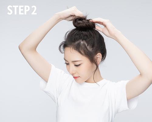 Bật mí 3 kiểu tóc búi cao gọn gàng xinh xắn cực dễ làm - Ảnh 2