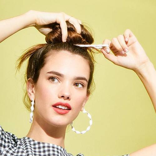 Bật mí 3 kiểu tóc búi cao gọn gàng xinh xắn cực dễ làm - Ảnh 6