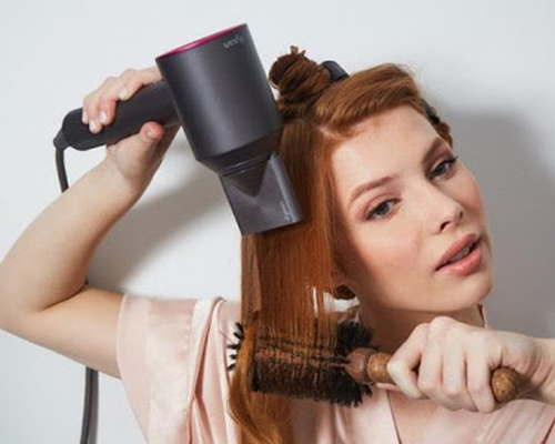 Hô biến tóc mỏng thưa thớt thành tóc dày bồng bềnh qua 4 bước đơn giản - Ảnh 4