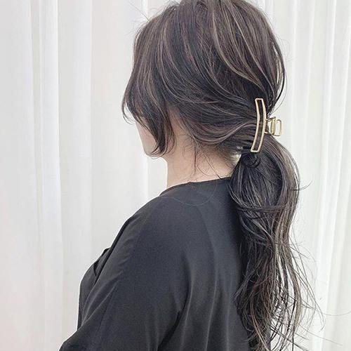 Mách nàng 4 kiểu tóc cực xinh chỉ với 1 chiếc kẹp càng cua - Ảnh 5