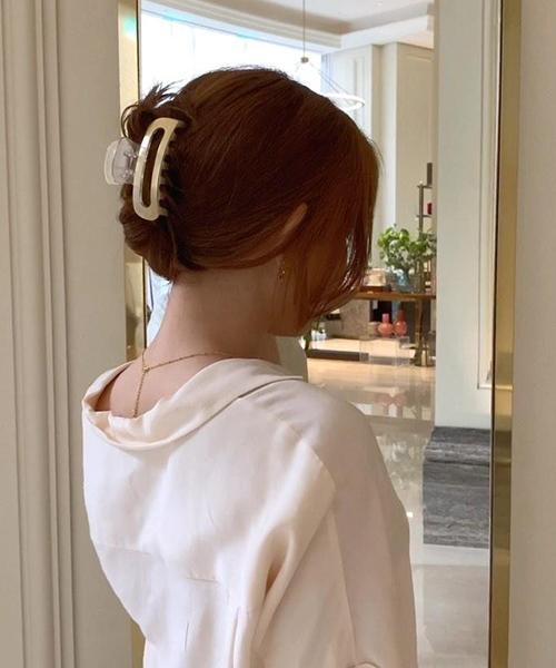 Mách nàng 4 kiểu tóc cực xinh chỉ với 1 chiếc kẹp càng cua - Ảnh 3