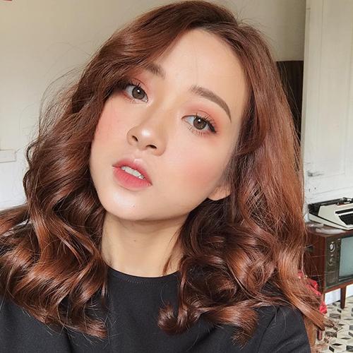 TOP 5 kiểu tóc uốn gợn sóng đẹp chuẩn style Hàn - Ảnh 5
