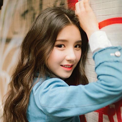 TOP 5 kiểu tóc uốn gợn sóng đẹp chuẩn style Hàn - Ảnh 2