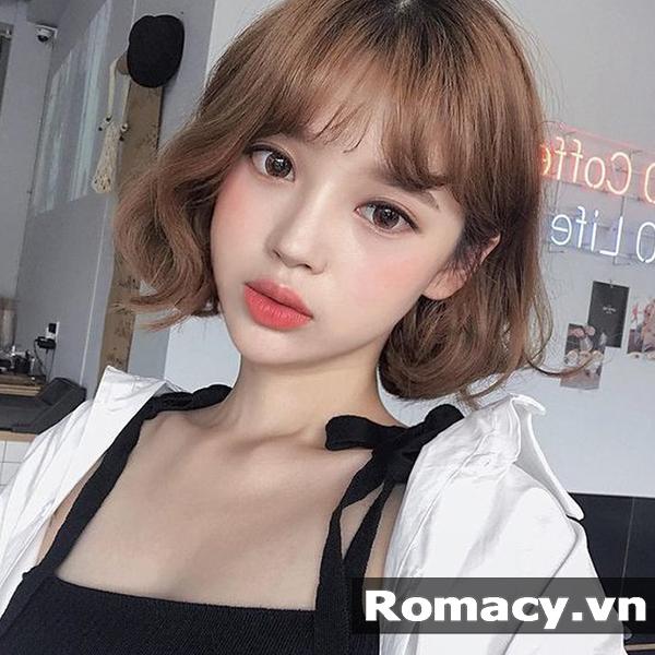 16 Kiểu tóc ngắn uốn đuôi 2018 hấp dẫn