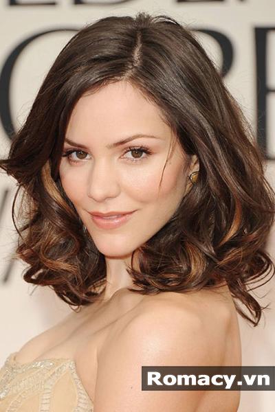5 kiểu tóc uốn đẹp cho người trung tuổi trẻ trung và quyến rũ