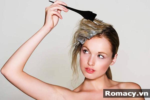 Cách chăm sóc tóc sau khi nhuộm hiệu quả bằng phương pháp tự nhiên