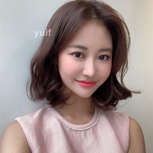 Top 6 kiểu tóc ngắn giúp gương mặt nhỏ xinh trẻ ra vài tuổi